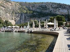 The therapeutic waters of Lake Vouliagmeni © Marissa Tejada / Lonely Planet