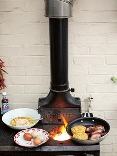 This Brunch Christmas Recipes Jamie Oliver Recipes is a better for your dinner made with awesome ingredients! Jamie Oliver Breakfast, Breakfast Crumpets, Egg Recipes, Cooking Recipes, Bread Recipes, Recipies, Greek Vegetables, Vegetable Kebabs, Pie Cake