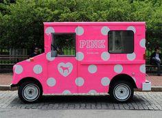 mobile VS PINK truck, love the idea :)