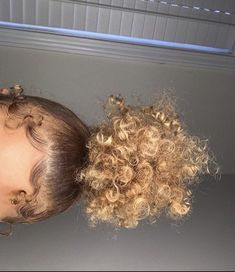 Baby Girl Hairstyles Curly Natural Curls Afro Ideas For 2019 Dyed Natural Hair, Natural Hair Tips, Natural Curls, Natural Hair Styles, Curly Hair Updo, Curly Hair Styles, Baddie Hairstyles, Girl Hairstyles, Night Hairstyles