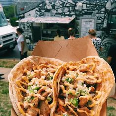 #TGIF! See ya @ #Fairfax for lunch today fr 11-2pm-- 10300 Eaton place Tonight's dinner: Annandale (5:30-8pm) w @snocreamcompany (2-10pm) Sat lunch: Annandale 1-4pm [pic cred: @guccifoodies] by phowheelsdc