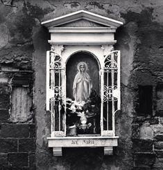 cavetocanvas:  Michel Kenna,Ave Maria Shrine, Venice, Italy, 2008
