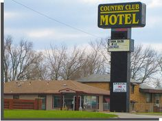 An older motel on south Topeka Avenue (formerly US75) in Topeka,  Kansas.