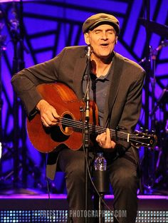 James Taylor - Canadian Tire Centre May, 6, 2016