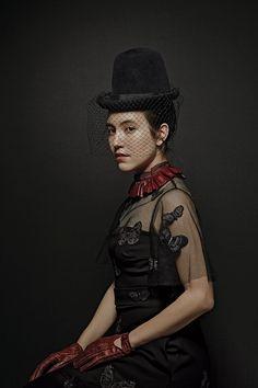 Alexandra Kleeman dressed as Mina Harker from Bram Stoker's Dracula. #halloweencostumes #coolcostumes