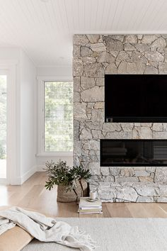 The stunning fireplace feature in our recent Links Ave project, so so beautiful! Featuring a gas fireplace from with TV… Brick Fireplace Makeover, Home Fireplace, Living Room With Fireplace, Fireplace Design, Home Living Room, Candle Fireplace, Basement Fireplace, Fireplace Ideas, Modern Outdoor Fireplace