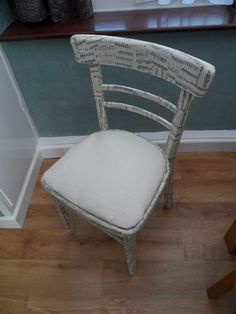 Redecorated chair, perfect for a music room or music lovers ;) #DIY #HomeDecor #Music