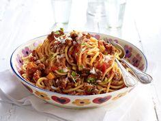 Nudelgerichte mit Spaghetti, Penne, Bandnudeln & Co. - spaghetti-bolognese  Rezept