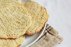 Finnish Potato Flat Bread - Perunarieska Muffin Recipes, Bread Recipes, Cookie Recipes, Cookie Recipe Book, Finnish Recipes, Good Food, Yummy Food, Flat Bread, Arabic Food
