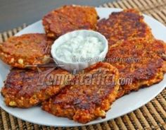 Closet Cooking: Ntomatokeftedes (Greek Tomato and Feta Fritters) Greek Recipes, Veggie Recipes, Vegetarian Recipes, Cooking Recipes, Healthy Recipes, Cetogenic Diet, Good Food, Yummy Food, Greek Dishes
