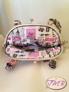 Cosiendo a Mano #bolso #DIY #manualidades #hechoamano #tela #regalo #present #handmade #personalizado