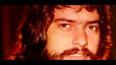 """O HOMEM DE NAZARETH - ANTONIO MARCOS - """"O HOMEM DE NAZARETH"""" de Cláudio Fontana. Também do LP de 1973, este foi um mega sucesso na voz de Antonio Marcos."""