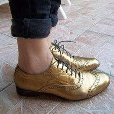 Vintage Gold Leather Oxford Shoes