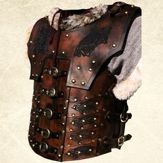 The Norgir is one of the first new designs to come out of LederKraft Studios, a huge amount of attention to detail has gone into this superb piece of armour. Made from premium grade top grain 3.5-4...