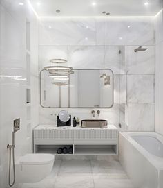 An essential part of the bathroom interior space, the modern shower space continues the perfect combination of art and life. In many cases, the bathroom ar Wooden Bathroom Cabinets, Bathtub Decor, Bathroom Toilets, Bathroom Vanities, Bathroom Ideas, Small Bathtub, Furniture Vanity, Modern Shower, Chic Bathrooms