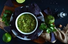Roasted Tomatillo and Pineapple Salsa is a Sweet and Spicy Treat Mexican Food Recipes, Vegetarian Recipes, Healthy Recipes, Ethnic Recipes, Mexican Dishes, Healthy Foods To Eat, Healthy Eating, Clean Eating, Roasted Tomatillo