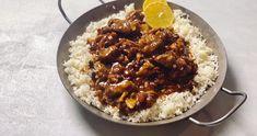 Debreceni mazsolás csirke recept   Street Kitchen Grains, Rice, Street, Ethnic Recipes, Kitchen, Food, Cooking, Kitchens, Essen