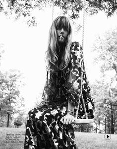 folk boho goddess: Frida Gustavsson by Cedric Buchet for Porter fall 2014 Frida Gustavsson, 70s Fashion, Look Fashion, Daily Fashion, Autumn Fashion, Vintage Fashion, Fashion Spring, High Fashion, Fashion Ideas