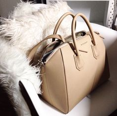 The prettiest bag to add to your wardrobe. #Givenchy