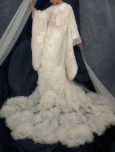 Katsura Yumi Bridal Japanese White Wedding KIMONO Roses