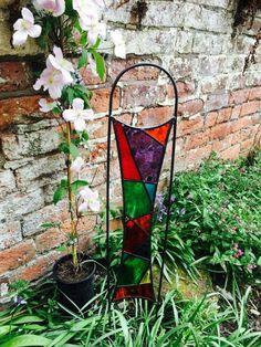 SpiroGlass - Stained Glass Garden Art #Harlequin has been remade