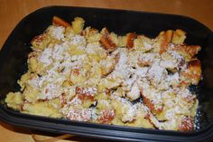 Kaiserschmarren Ultra Kaiserschmarren Ultra The post Kaiserschmarren Ultra appeared first on Nudeln Rezepte. Speedy Chef, Vegan Lentil Soup, Snack Recipes, Snacks, Breakfast Bake, Pie Dessert, Pampered Chef, Different Recipes, Macaroni And Cheese