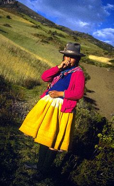 Quechua style.    Love these skirts. Love these sweaters. Love these hats. Love these scarves.    I'm totally gonna get up on Quechua style.