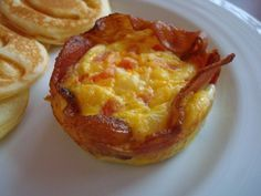 Pekonilla reunustetut omelettikupit maistuvat todella hyviltä | Newsner