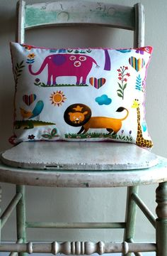 gorgeous for little ones, really cute for a playroom on a grey couch
