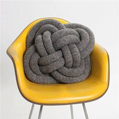 "Inspiration: How cool is this ""Not Knot Turk's Head Pillow"" !? Easy to knit or crochet a very long tube and stuff with polyfil, form the Celtic knot, fasten and you're done. Great gift idea."