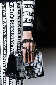 Balmain Fall 2018 Ready-to-Wear Fashion Show Details