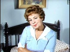 The great character actress Shirley Booth as 'Hazel' in her TV series. Hazel Tv Show, Shirley Booth, Mary Tyler Moore Show, 70s Tv Shows, I Dream Of Jeannie, Carol Burnett, The Man From Uncle, Maid Outfit, Family Show