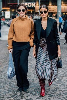 Charming Fall Outfits Ideas That Looks Modern 33 Street Style Boho, Looks Street Style, Autumn Street Style, Street Chic, Fall Street Styles, Mode Outfits, Office Outfits, Fall Outfits, Fashion Outfits