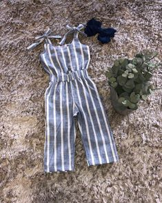 Dress For Girl Child, Kids Outfits Girls, Cute Outfits For Kids, Toddler Girl Dresses, Little Girl Dresses, Boy Outfits, Baby Girl Dungarees, Kids Dress Collection, Girls Playsuit