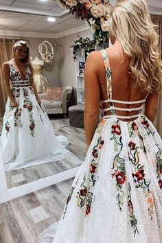 Princess Lace White Prom Dresses V Neck Backless Appliques Long Evening Dresses . - Princess Lace White Prom Dresses V Neck Backless Appliques Long Evening Dresses Source by Innenarchtektur - Dresses Elegant, Pretty Prom Dresses, Hoco Dresses, Event Dresses, Homecoming Dresses, Beautiful Dresses, Wedding Dresses, Backless Dresses, Summer Dresses