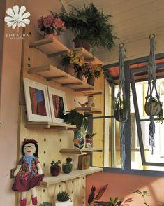 Prateleira modular - decoração Painting, Art, Modular Shelving, Landscaping, Log Projects, Art Background, Painting Art, Kunst