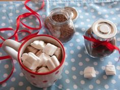 2 Winter Wonder, Diy Christmas Gifts, Hot Chocolate, Recipies, Food And Drink, Pudding, Chips, Cake, Blog