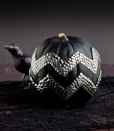 Chevron Pumpkin using thumbtacks! Love this idea wouldn't paint my pumpkin black tho maybe leave it orange or get a white one