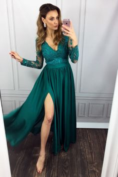 elegant green long sleevs prom party dresses split, fashion v-neck formal evening gowns with special lace.
