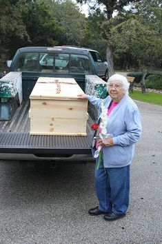 Have You Considered a Green / Natural Burial? Funeral Planning Checklist, Green Funeral, Six Feet Under, Funeral Memorial, Help The Environment, Unusual Art, Scroll Saw Patterns, Carbon Footprint, Wooden Crafts