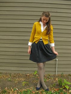 yellow and gray! and black! and white! (ok, it's mustard, not yellow, but they're closely related :)