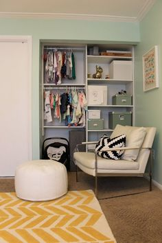 Design for organization of closet in da baybays room