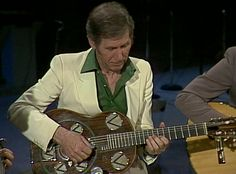 Chet Atkins with Del Vecchio Resophonic