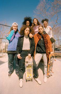 Right Where They Belong: An interview with Rachelle Vinberg of Skate Kitchen Girls Skate, Skate Style Girl, Mode Grunge, Skater Girl Outfits, Skateboard Girl, Skateboard Clothing, Figure Skating Dresses, Girl Gang, Skateboarding