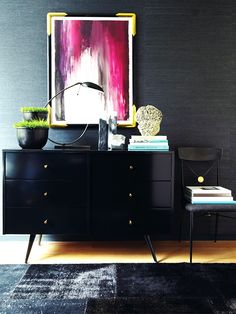 Haus Interior's work in September issue of Elle Decor for the Modern Life Concept House. Le Living, Living Spaces, Decoration Inspiration, Interior Design Inspiration, Decor Ideas, Elle Decor, Tables Tableaux, Dark Walls, Bedroom Decor