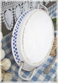 Ancien plat à gratin émaillé décor LUSTUCRU 1935