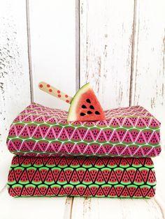 Jersey Stoff mit Melonen für die Sommer Näh- und DIY Projekte / jersey fabrics with melone prints, summer feeling by cherrypicking via DaWanda.com