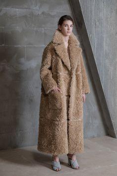 Vika Gazinskaya, Осень-зима 2017/2018, Ready-To-Wear, НЕДЕЛЯ МОДЫ: Москва