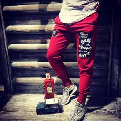 Mojo Mevsimlik Eşofman Bordo Jean Joggers, Jeans Pants, Trousers, Boys Pajamas, Pyjamas, Swag Style, Boys Shirts, Men Looks, Streetwear