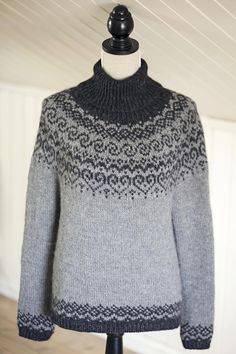 Fair Isle Knitting Patterns, Knitting Paterns, Free Knitting, Sweater Patterns, Icelandic Sweaters, Work Tops, Knit Fashion, Top Pattern, Fair Isles